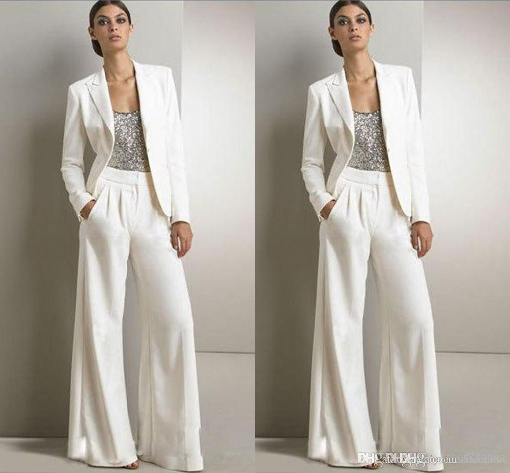 b9ebd12ca9c1 Acquista 2019 New Bling Paillettes Avorio Bianco Pantaloni Abiti Madre  Della Sposa Abiti Formale Smoking In Chiffon Donne Party Wear New Fashion  Modest 2018 ...