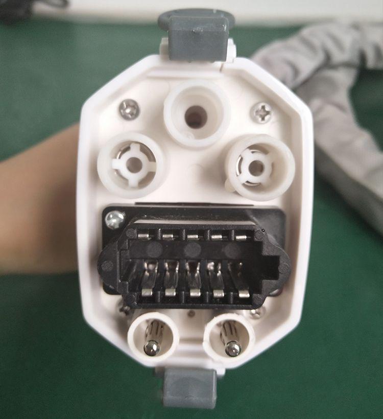 عرض ساخن !!! الدهون تجميد آلة تعمل باللمس شاشة كبيرة مقبض البرد ومقبض البرد الصغيرة لآلة التخسيس البرد CE / DHL