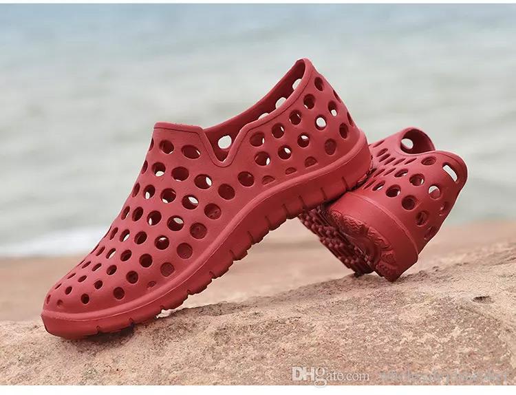 2018 novo casal buraco sapatos no verão Joker lazer moda sandálias Fabricantes que vendem sapatos de praia surfar ao ar livre aqua sapatos