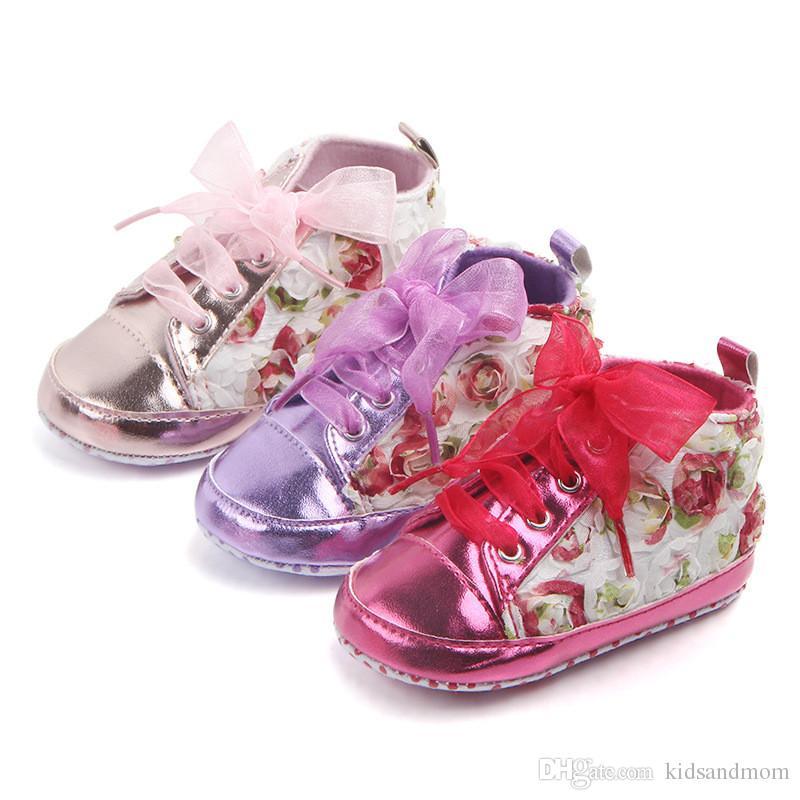 879babb528a0c Acheter Bébé Premiers Marcheurs Enfant En Bas Âge Nouveau Né Bébé Filles  Princesse Rose Rouge Rose Violet Fleurs 3D Chaussures En Dentelle Fleurs  Blanches ...