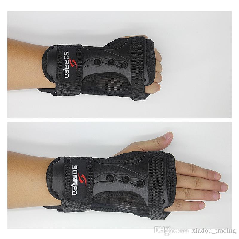 Snowboard regolabile Sci Protezioni Equipaggiamento Guanto allungato Polso Roller Skating Palm Care Guanti di supporto Guardia Pad Brace guardia a mano