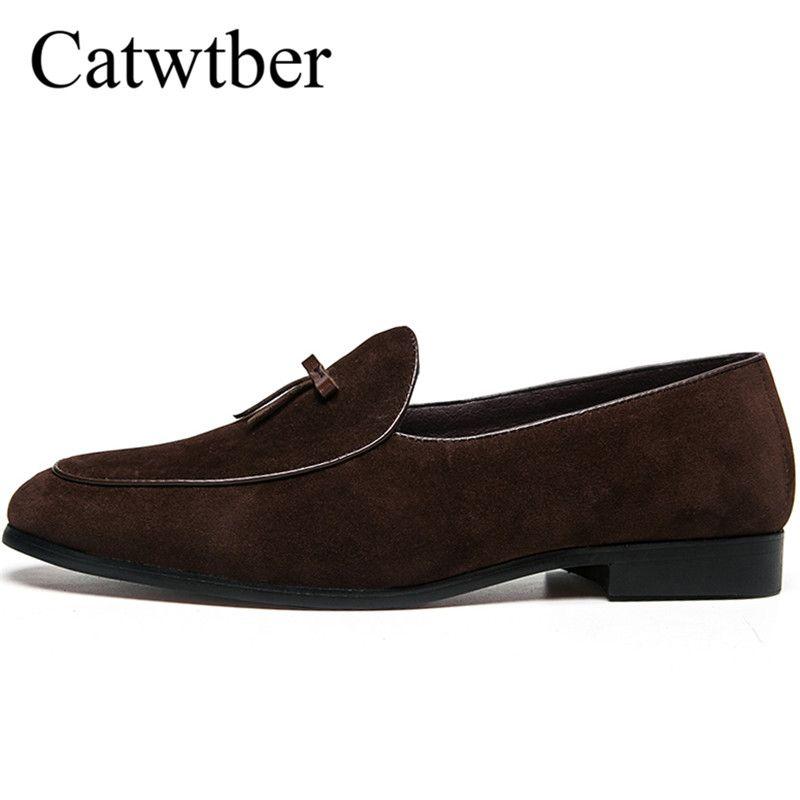 1dea60047 Compre Catwtber Novos Homens Sapatos De Couro Moda Mens Sapatas De Vestido  De Couro Macio Casuais Homens Apartamentos Zapatos De Hombre Conforto  Calçado De ...