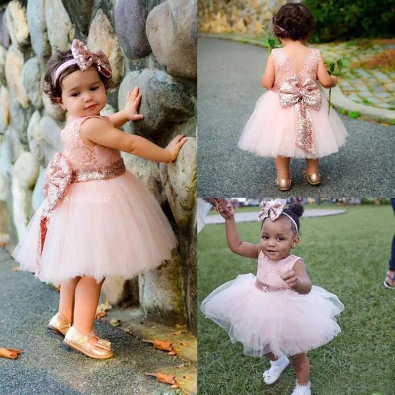 Bebé Infant Toddler Vestidos de bautizo Rose Gold Lentejuelas Hasta la rodilla Tutu Vestidos de niña de las flores con Big Bow Cute Birthday Party Gown 2017