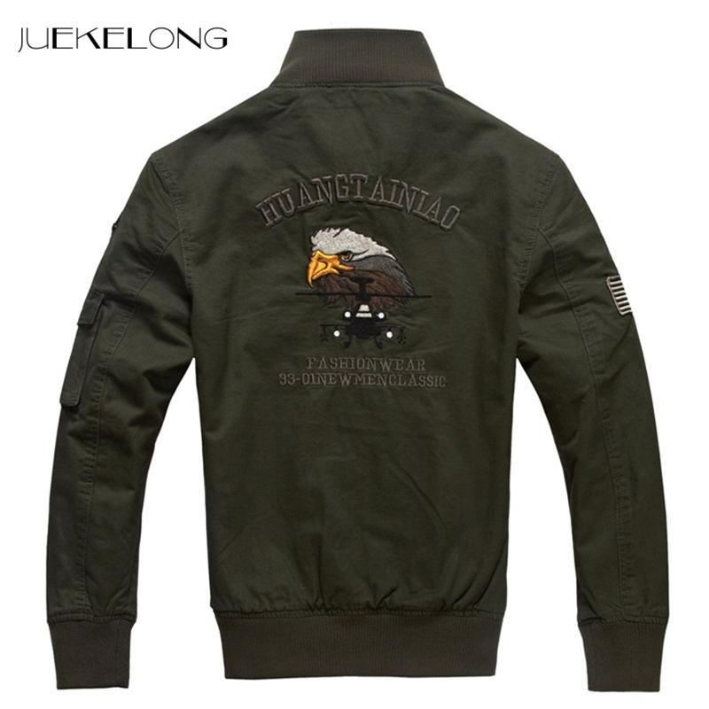 NOVA 2018 dos homens Casuais Parkas Grosso Quente Jaqueta de Inverno Homens Militar Epaulet Zipper Sólida Acolchoado Casaco Bordado Jaqueta HP830