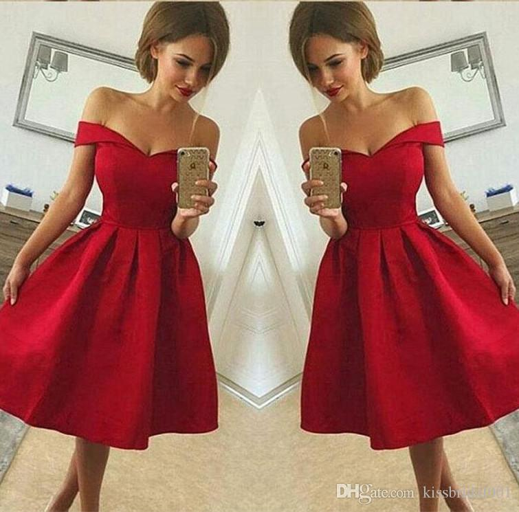 Abschlussballkleider Elegante Mini Kurze Party Kleider 2019 Eine Linie Weg Von Der Schulter V-ausschnitt Lange Ärmel Elastische Satin Rot Homecoming Kleider