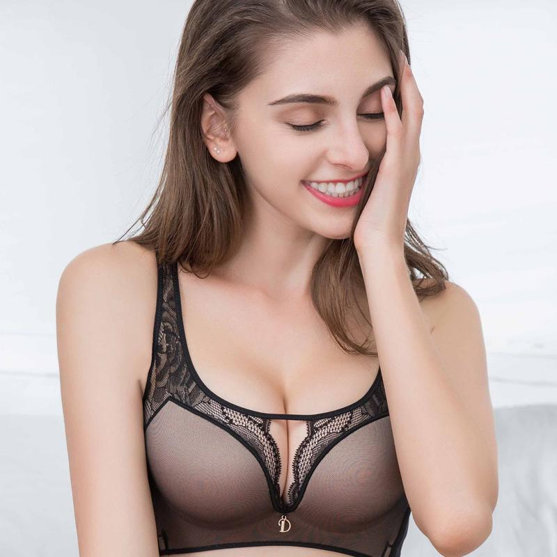 f2bbc05a56 2018 New Hollow out Non-trace Wireless Bras for Women Lace Back Of Body  Gathered Glaze Sexy Push Up Lingerie Online with  27.54 Piece on  Clothesb1988 s ...
