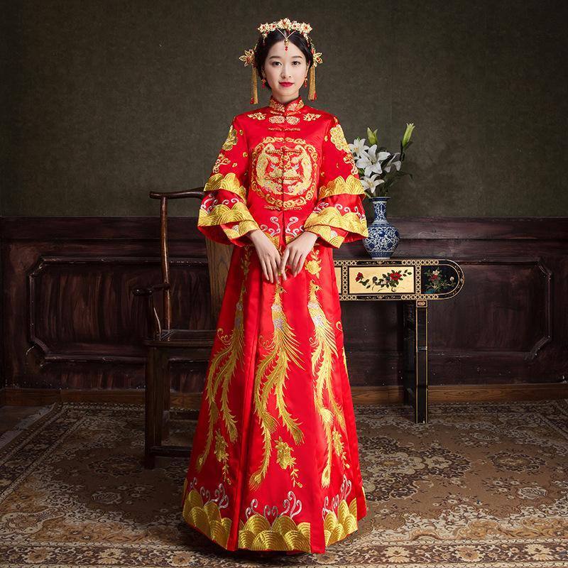 67302e8839db Acquista Antico Matrimonio Costume Sposa Abito Abito Tradizionale Cinese  Abito Da Sposa Donne Cheongsam Ricamo Phoenix Rosso Qipao A  125.62 Dal  Carawayo ...