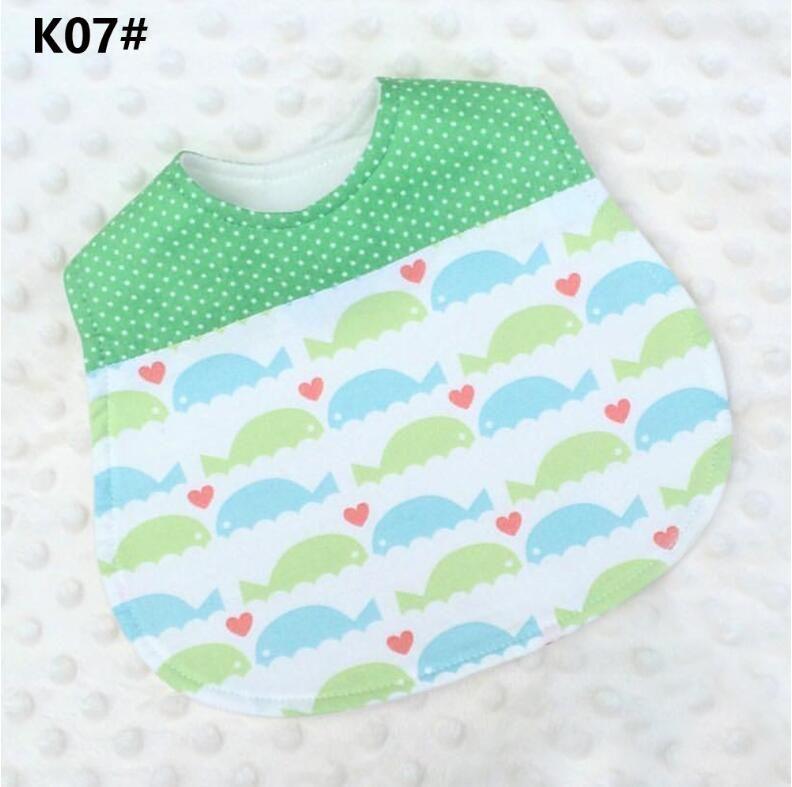 INS hotsale baby cotton burp cloths double layer infant baby bandana bibs infant feeding bibs cartoon designs mix
