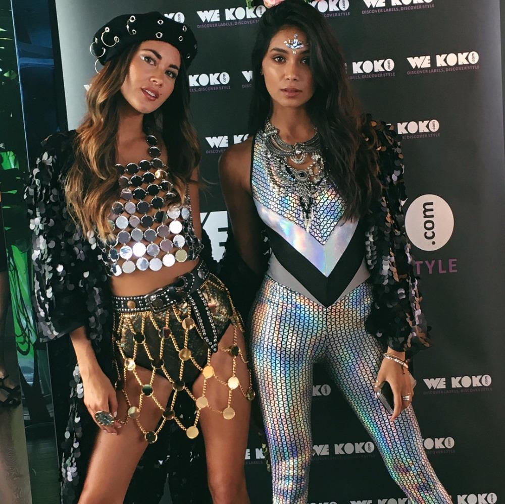 Neue Neuheit Sexy Frauen Gold Silber Metall Kette Rock 2018 Midi Damen Hohl Lace Up Club Party Mujer Sparkly Mini Exotische Sets