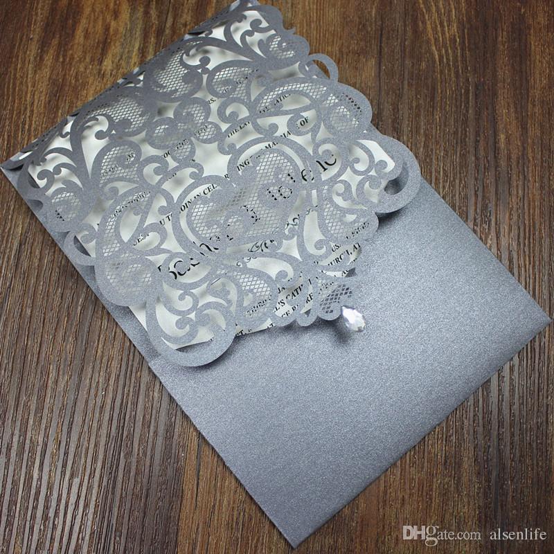 Kristal düğün davetiyesi ülke gümüş gri düğün nişan davetiyeleri çiçek lazer kesim özel tasarım çok renkler
