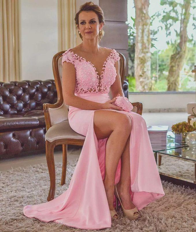 Pink Split Evening Dresses Cap Sleeves Sheer V Neck V Cut Backless Party Dresses Evening Wear Mother Celebrity Gowns with Sash