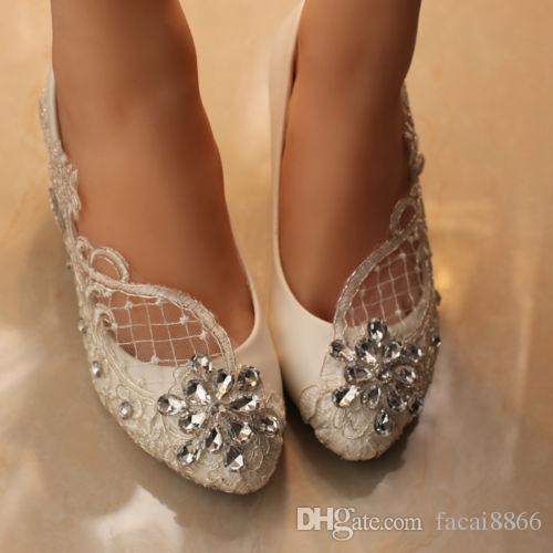 Nuevo Fathion Lace white crystal Zapatos de novia Planos nupciales baja bomba de tacón alto