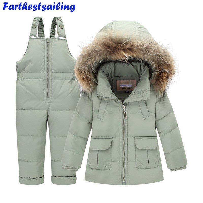 676eb80b40 Acquista Bambini Vestiti Invernali Ragazzi Ragazze Piumini + Pantaloni Con  Bretelle 2 Pezzi Abbigliamento Da Bambino Termico Cappotto Più Caldo  Cappuccio Da ...
