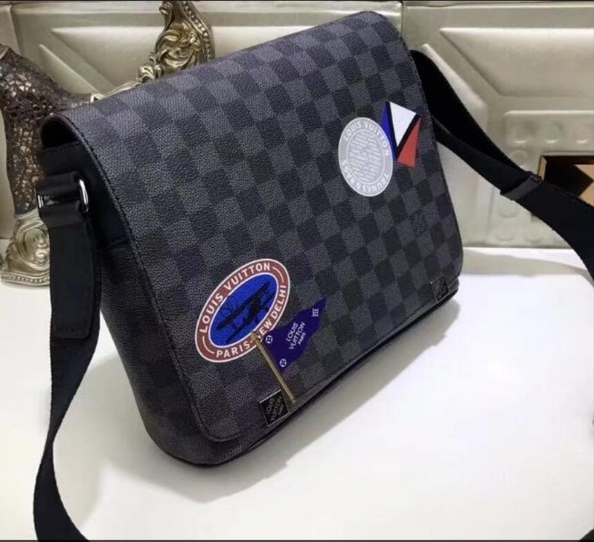 5ccb748ad8f Acheter LOUIS VUITTON Sacoche Homme Bandoulière Cartable Bandoulière  Cartable 25CM De  33.51 Du Yyzz188