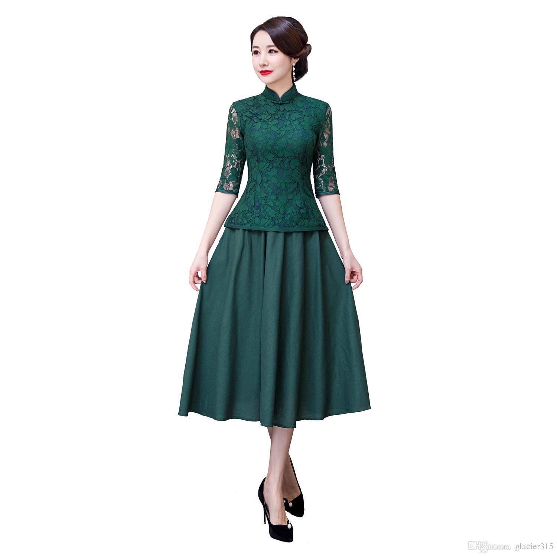1c58120bc83545 Shanghai Story 2019 Top qualité verte en dentelle chinoise Vêtements  traditionnels chinois Ensemble 3/4 manches en dentelle Cheongsam chinois  Top ...