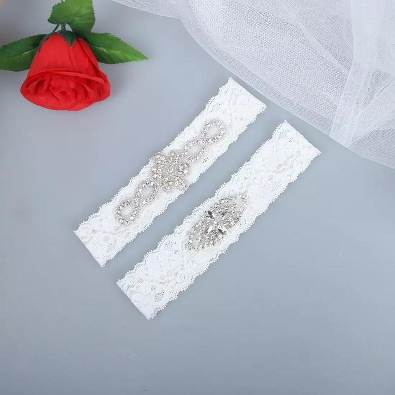 In Stock Set Lace Crystals Bridal Garters Wedding Belt Set Handmade Rhinestones Plus Size Bridal Garters Vintage Prom Gift Cheap