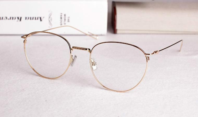 a9accadf88f31 Compre Super Leve Óculos Vintage Grande Armação Rodada Óculos Marca  Prescrição Óptica Óculos De Armação Oculos De Grau 0207 De Zhunian