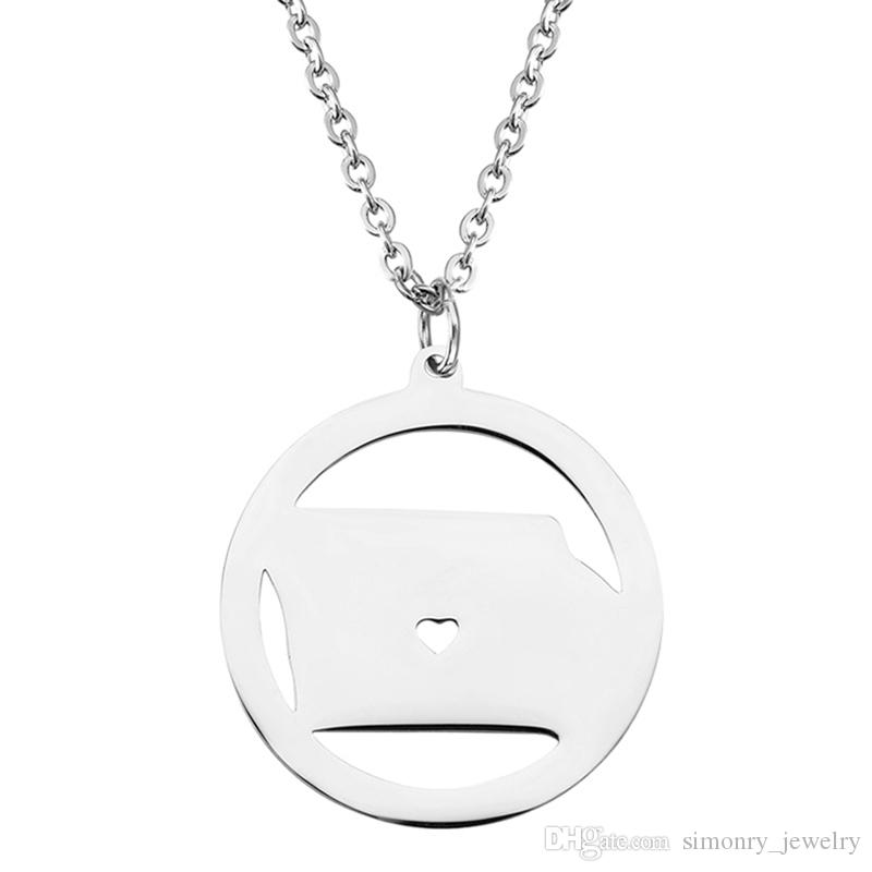 Iowa Map Pendant Necklace with Love Heart Stainless Steel USA State IA Geography Map Necklaces Jewelry for Women and Men