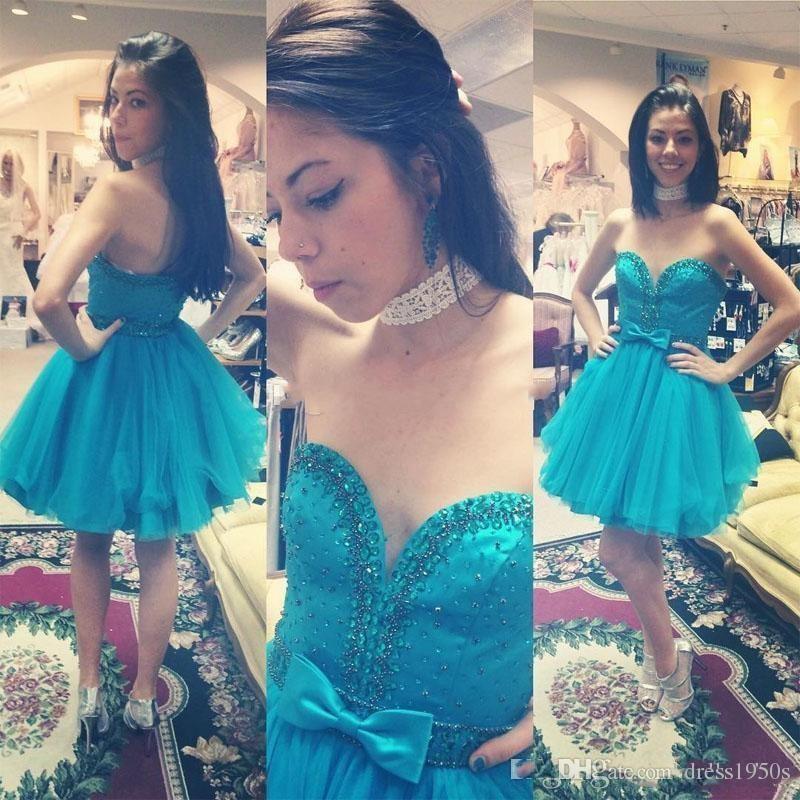 21dfb2019 Compre Vestidos De Fiesta Corto De Color Turquesa Sweetheart Sin Respaldo  Con Cuentas Sash Bow Mini Girls Prom Party Gowns Vestido De Cóctel Vestidos  De ...