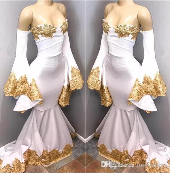 Vintage Gold Appliques Mermaid Prom Dresses 2018 White Off Shoulders Sexy Backless Long Evening Gowns Party Wears