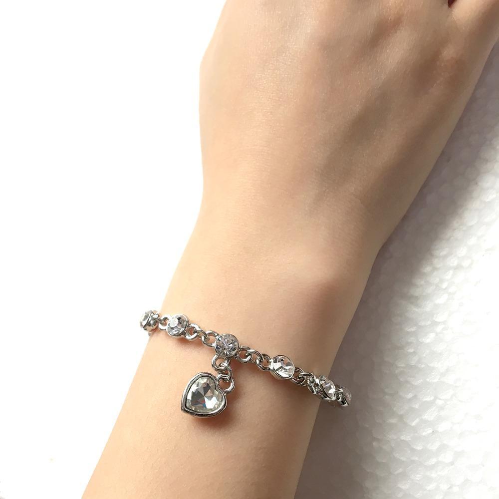 2017 Coeur Strass Cristal Bracelet Pour Femmes Femme De La Mode Punk Bijoux Cadeau De Luxe Gland Bracelets Bracelets De Mariage Bijoux