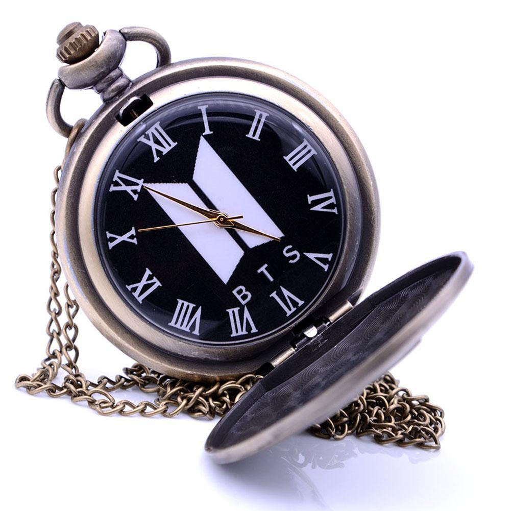 a481ea5bacb Compre Antique BTS Steampunk Do Vintage Relógio De Bolso De Quartzo  Analógico Pingente De Colar De Corrente Dos Homens Das Mulheres Relogio De  Bolso Caixa ...