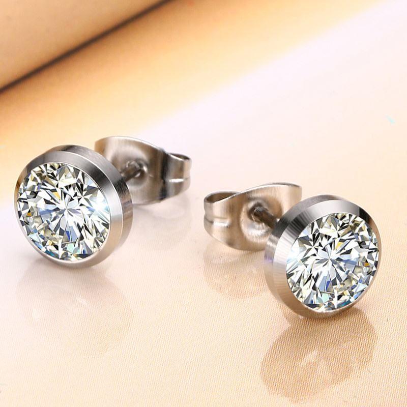 Vnox CZ Stone classique simple boucles d'oreilles pour les femmes de couleur argent élégant boucles d'oreilles pour femmes bijoux