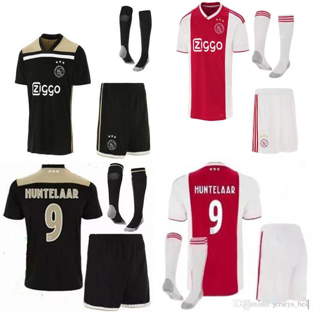 Compre 2018 2019 Ajax FC Casa Uniformes De Fútbol Jerseys 18 19 DOLBERG  ZIYECH HUNTELAAR YOUNES HOMBRES Ajax Local Lejos Camiseta De Fútbol  Camisetas A ... 5ceb20719d9c7