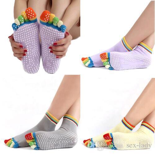 Yoga Sports Colorful Yoga Socks Women Hot Fitness Anti Slip And Pilates Cotton Breathable Five Toe Sock Rainbow Workout Toe Socks