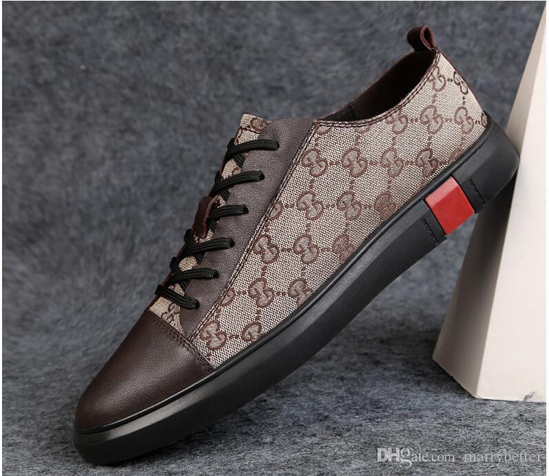 Compre 2019 Nuevo Estilo De Moda De Alta Superior Zapatos De Los Hombres  Zapatos De Los Clavos Diseñador De Lujo Remaches Plana Zapato Vestido De  Fiesta De ... 5a67890b074