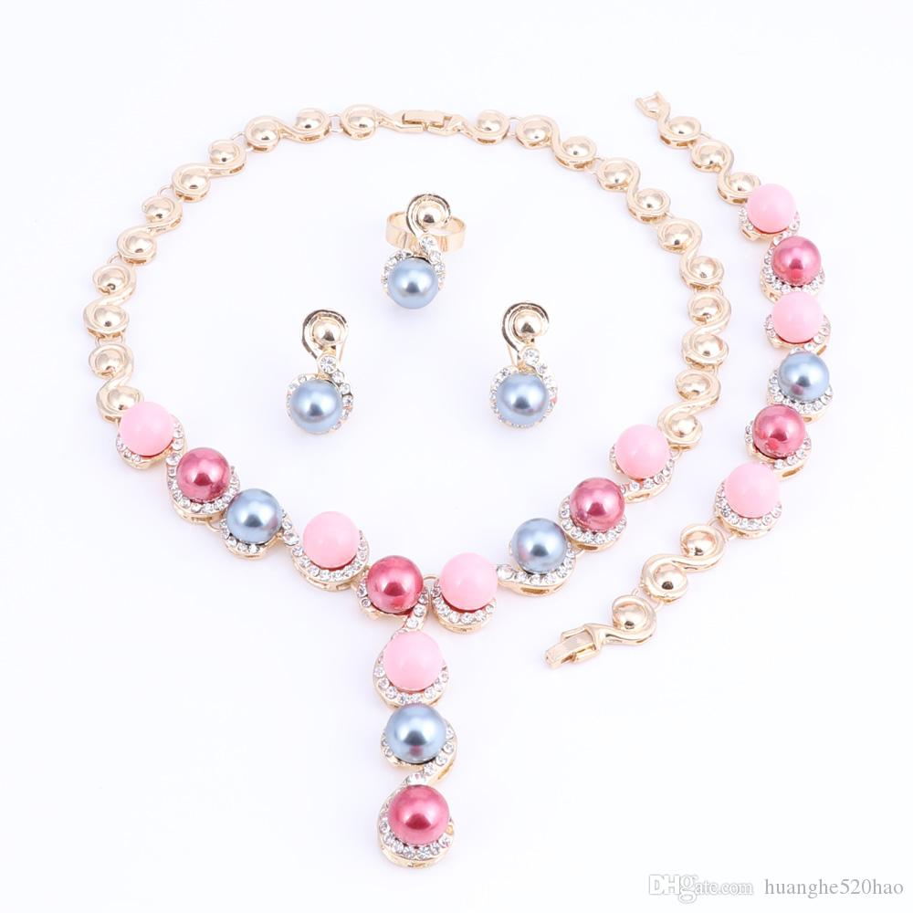 Clásica imitación collar de perlas de oro de color conjunto de joyería de la Mujer Claro partido cristalino elegante traje de la manera regalo