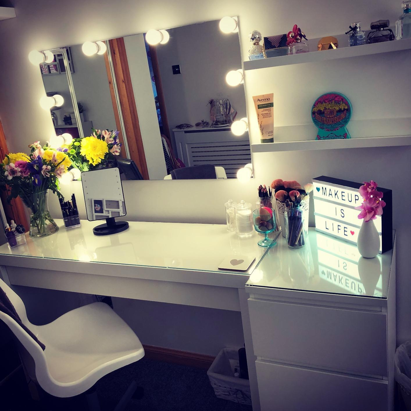 vanity set with mirror lights. Hollywood Style Led Vanity Mirror Lights Kit For Makeup Dressing Table  Set Mirrors With Dimmer And Power Supply Plug Random Gifts Retro Novelty