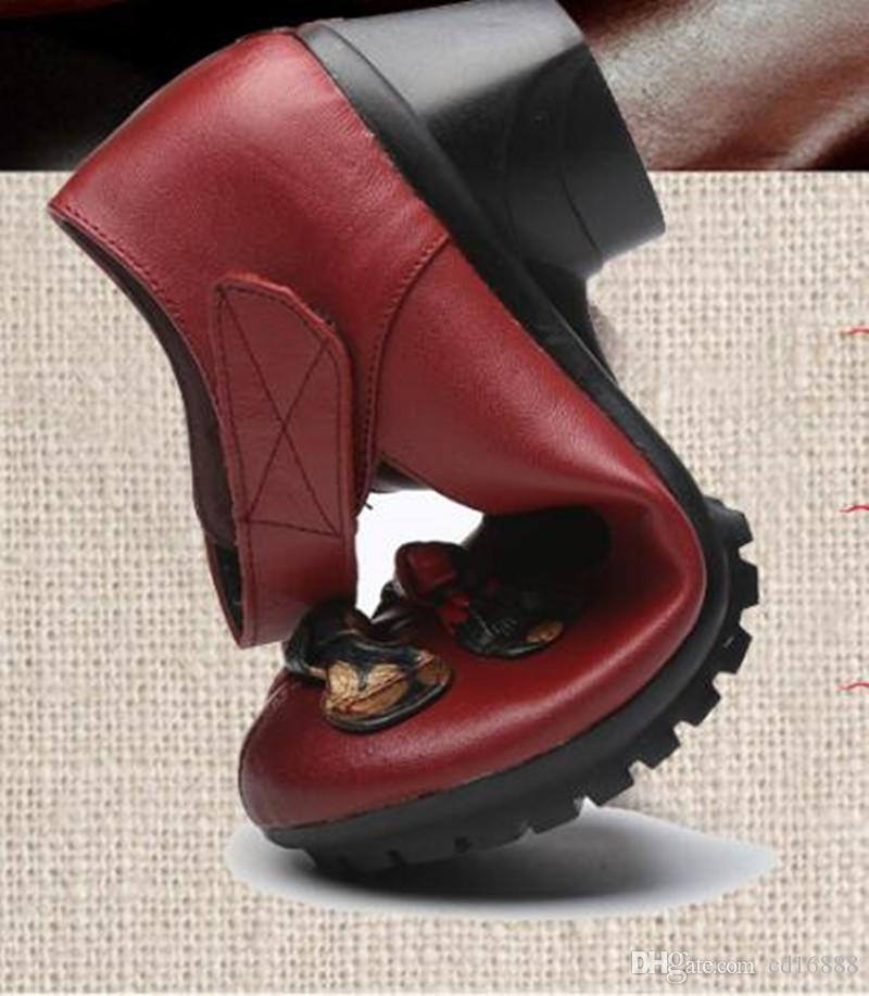 Hot selling 2018 New Spring Autumn Retro Flowers Women Fashion Shoes Thick Heel Genuine Leather Shoes Woman High Heels Black Red Purple