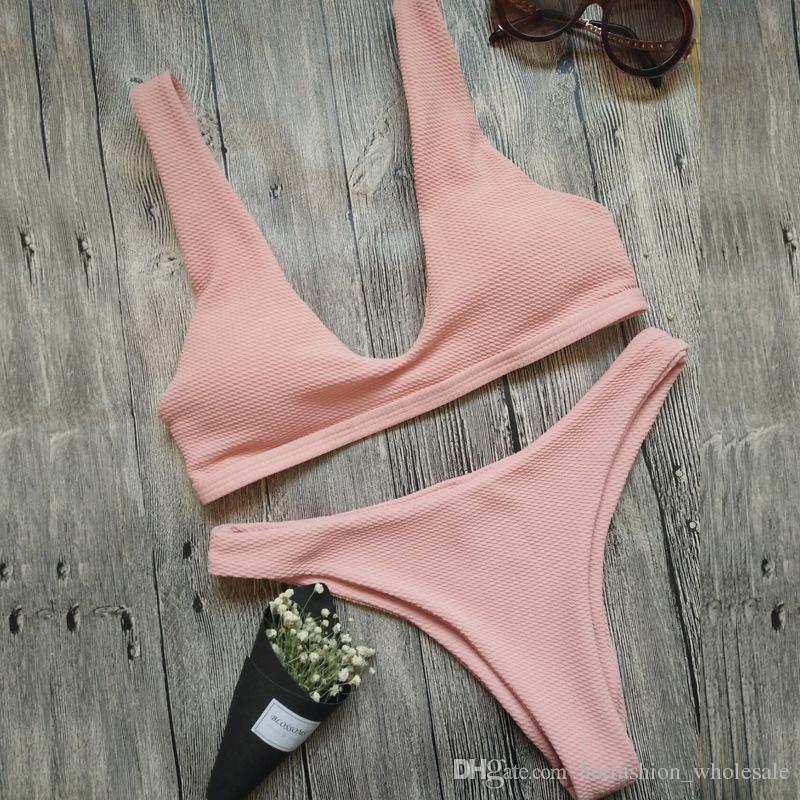 / set 2018 El más nuevo sexy Women Lounge Triángulo de impresión Bikini Sets Recortar Traje de baño Traje de baño Ropa de playa brasileña Con push-up Bikini Bra