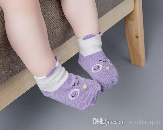 Del cotone del bambino calzini infantili del fumetto sveglio brevi calzini bambini Panda Fox Animal Calze bambini del ginocchio di lunghezza del pavimento della caviglia Calze BY0073