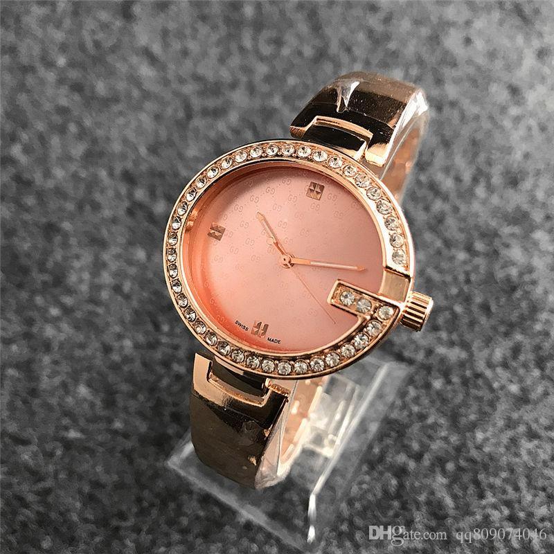Montre bracelet Montre femme en or Nouvelle marque Montre-bracelet en strass Montre de luxe pour femme avec diamant Montre à quartz avec cadran en cristal