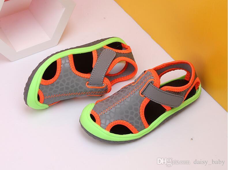 2018 Crianças de Verão Meninos Sandálias Indoor Antiderrapante Sandálias Menina Moda Sobreposição de Fundo Grosso Antiderrapante Meninas Sapato de Praia Para crianças # 14