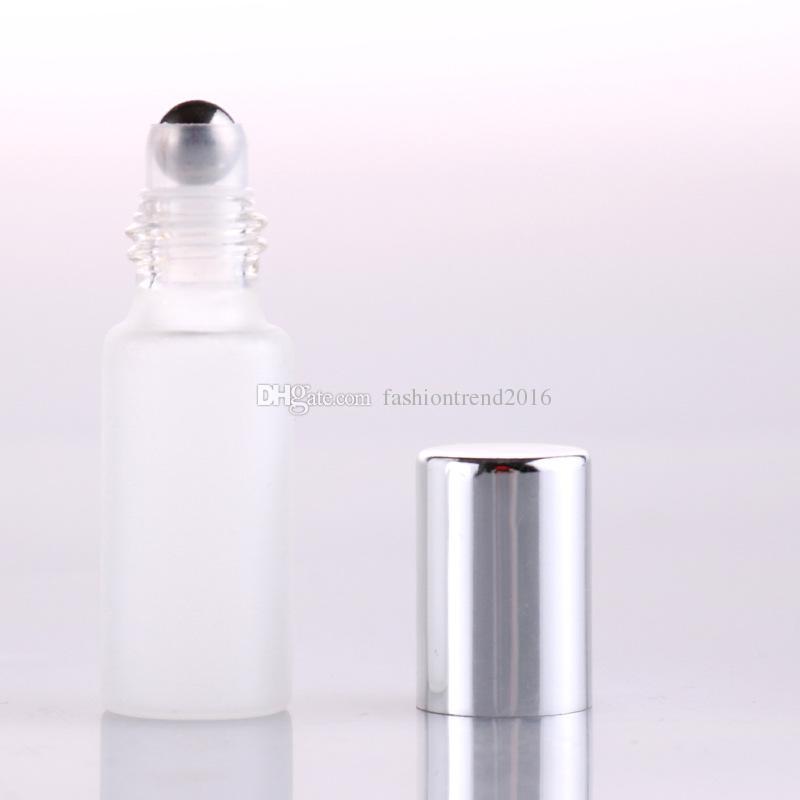 متجمد الأبيض 5 مل الزجاج على زجاجة مع الأسطوانة المعدنية الكرة الزجاجية العطور لفة على قوارير زجاجة زيت أساسي مع غطاء أسود / الذهب / الفضة