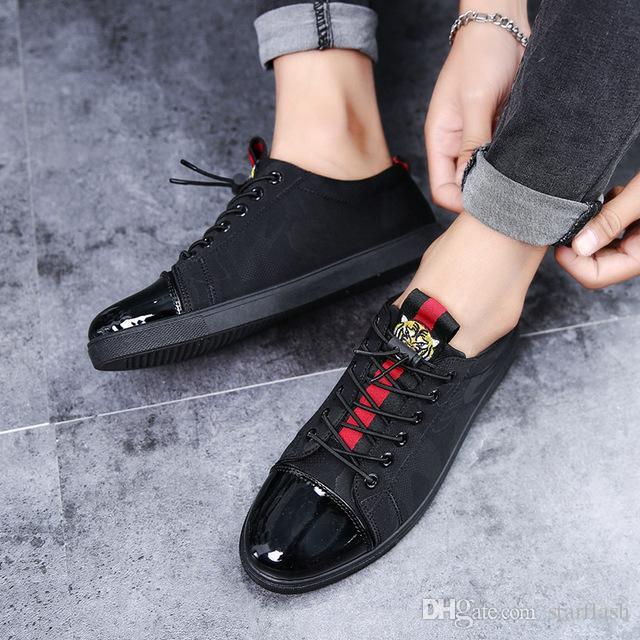 49612dfe7 Compre Designer De Homens Cabeça De Tigre Sapatos De Lona De Luxo Da Marca  Bordado Masculino Preto Apartamentos Casuais Sapatos Tênis Tamanho: 39 44 Q  132 ...