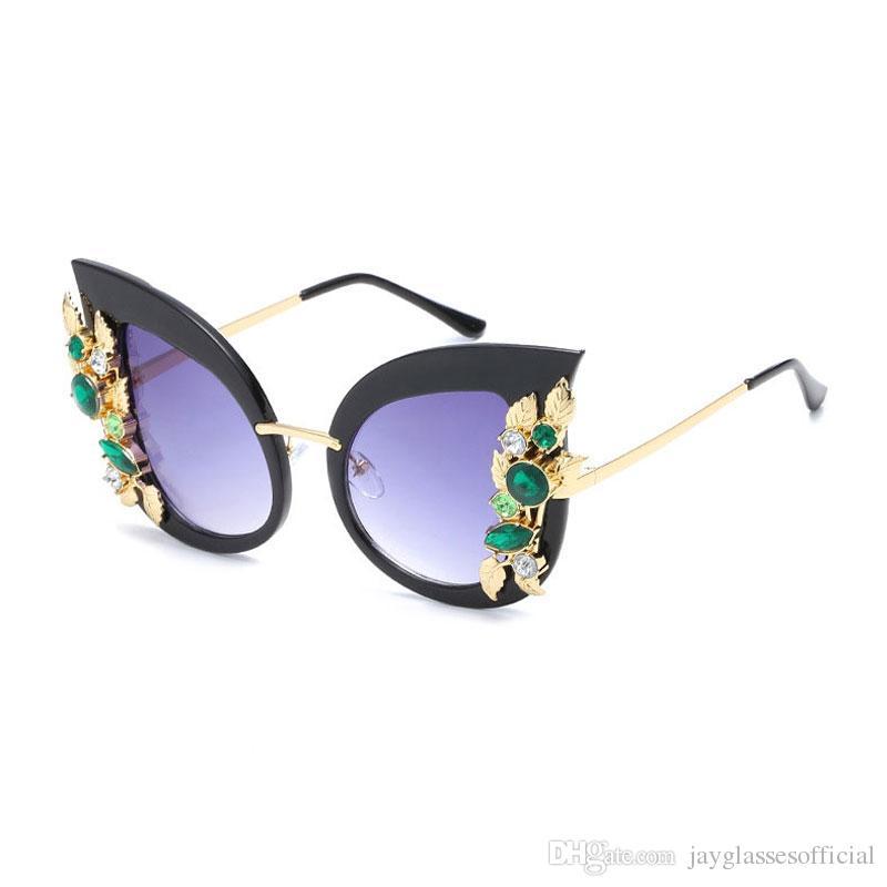 2184338b69674 Compre Moda Feminina Olho De Gato Óculos De Sol De Luxo Da Marca De  Diamante Floral Óculos De Sol Feminino Inoxidável UV400 Acessórios Óculos  Óculos Para As ...