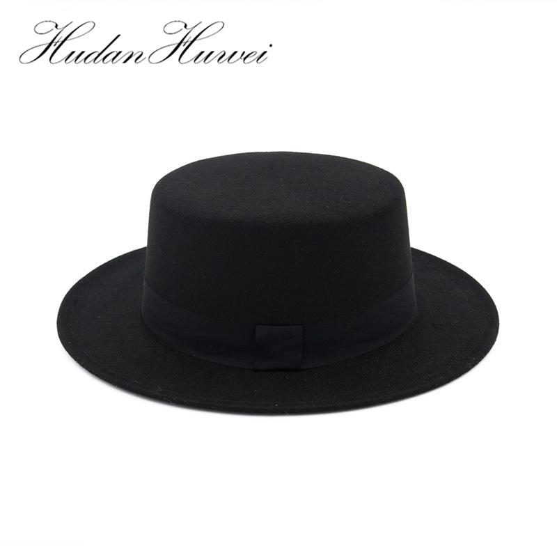 Compre Sombrero De Lana Negro Ala Ancha Bowler Trilby Fedora Para Mujeres  Llanura Plana Señora Fieltro Sombreros Vintage Europeo EE. 9902411d782