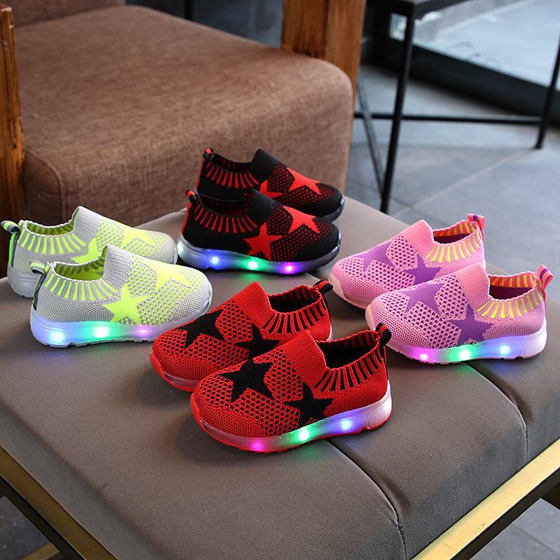 Acquista Sneakers Bambino Tutte Le Stagioni Comode Scarpe Da Bambino  Divertenti Ragazze Scarpe Da Tennis Neonate Traspiranti Con Luce  Traspirante A  47.37 ... 5bf71d572b3