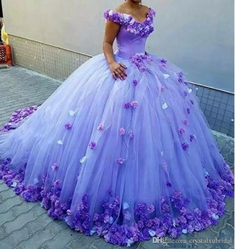 2018 Splendida Cheap Blue Quinceanera Ball Gown Abiti spalle con fiori 3D Sweet 16 Sweep Train Plus Size abiti da sera di promenade