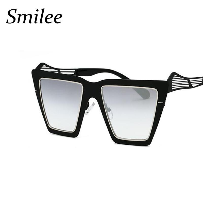 bb71aa82114 2018 Fashion Brand Designer Square Flat Lens Sun Glasses Mirror Women  Sunglasses Men Oversized Lady Eyeglasses Male UV400 Sun Glasses Eyewear  From Qiuyeluo