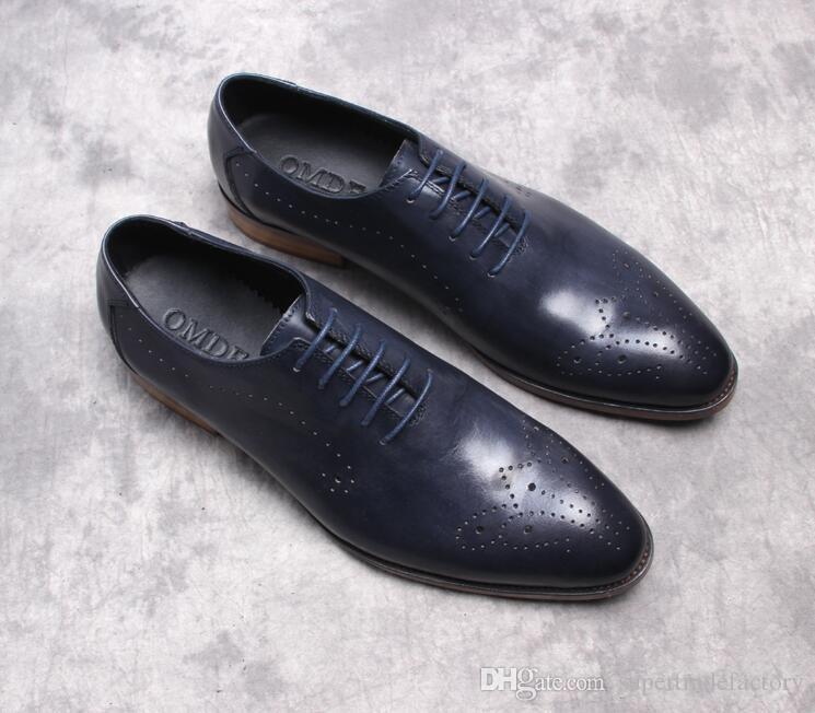 9e9d4f654a Vera pelle verniciata scarpe eleganti uomo lace up intagliato brogue estate  traspirante formale da uomo a punta scarpe oxford blu scuro