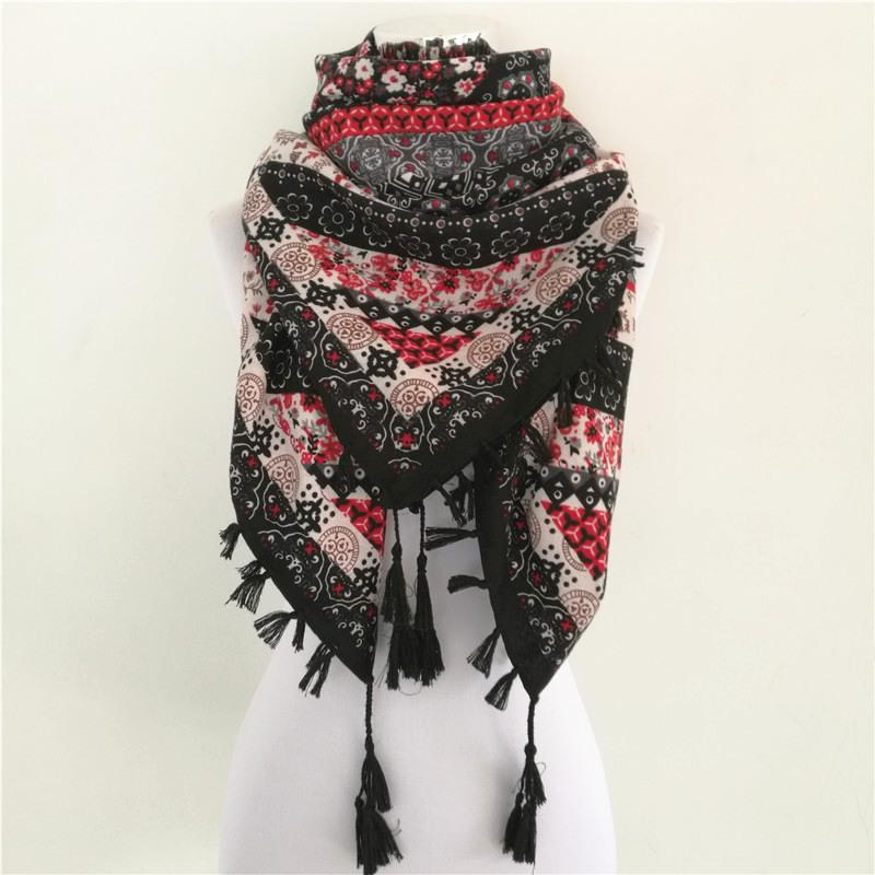 22cfa38f5851 Hot Sale Bandana New Fashion Woman Scarf Square Scarves Printed ...