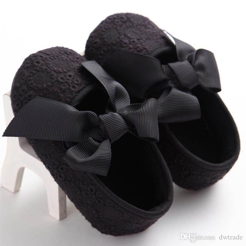 Factory Price Pretty Baby Girl Hollow Lace Big bow Non-slip First Walker Shoes Princess Flower Elegant Toddler Shoes 0-1 years old