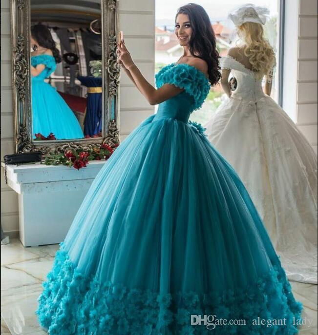 2018 Ball Gown Quinceanera Dresses Luxury Modest 3D Floral Off Shoulder  Puffy Skirt Corset Sweet Girsl 15 16 Masquerade Party Dress Marys  Quinceanera ... cef32151e4d0