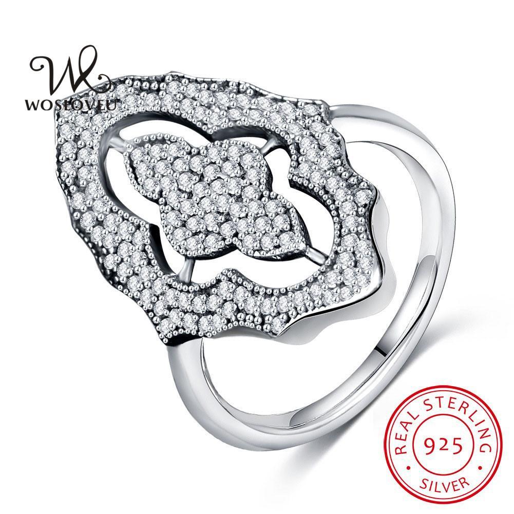 Compre Luxo CZ Diamante 925 Solitaire Prata Anéis De Coquetel Para As  Mulheres Ródio Banhado A Moda Festa Anéis De Casamento Jóias Anel De  Noivado WSR52 De ... 104409d1be