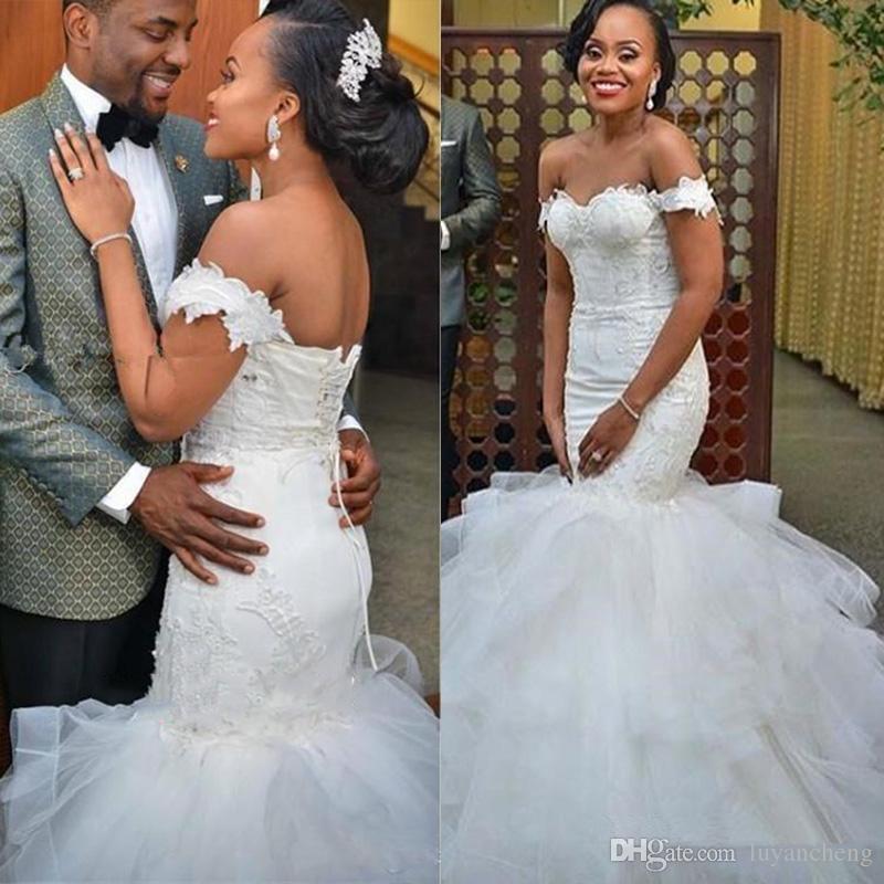 b2e60b3fc Vestidos De Noiva Tipo Sereia 2018 Lindo Sereia Vestidos De Casamento Sexy  Querida Apliques Beads Vestido De Noiva Lace Up Dubai Árabe Vestidos De  Casamento ...